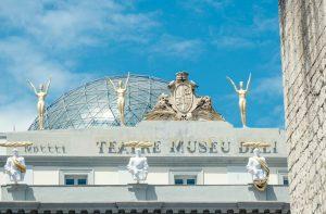 Azotea y cúpula de cristal del teatro museo salvador dalí