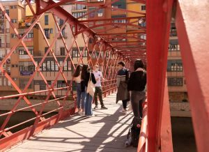tour-monumental-puente-effiel-girona