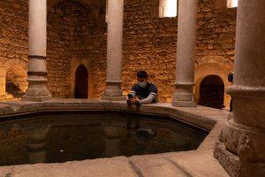 visita-girona-monumental-banys-arabs-